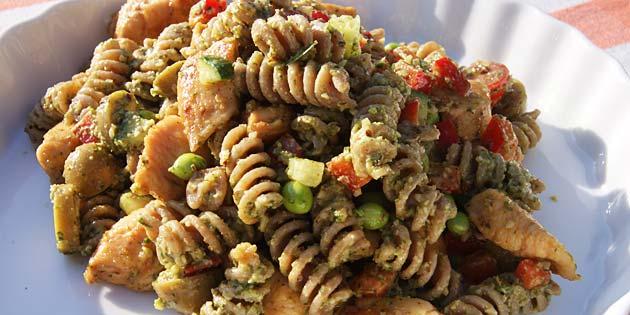 pasta med kylling og pesto