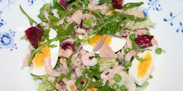 Salat Med æg Tun Og Rejer