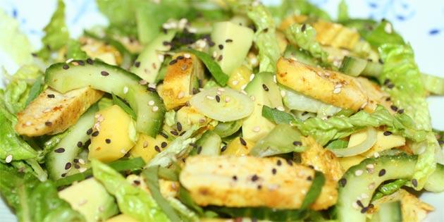 salat til kylling i karry
