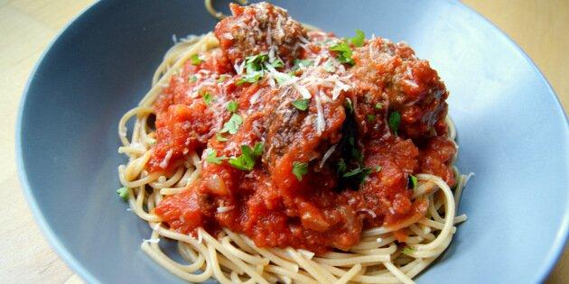 kødboller tomatsauce
