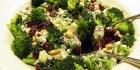Broccolisalat med creme fraiche balsamico