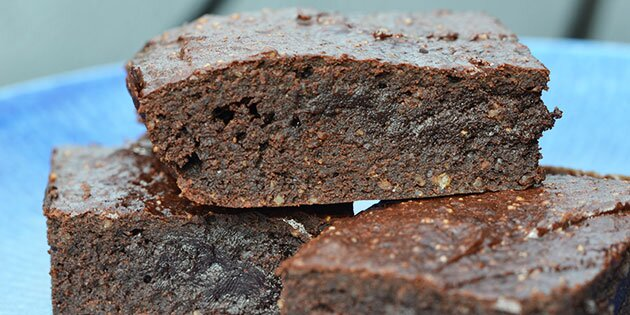 sund brownie med dadler