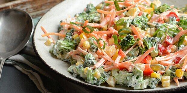 salat med creme fraiche